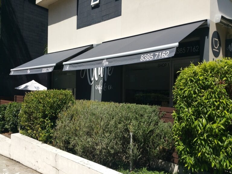 cafe-folding-arm-awning-perth